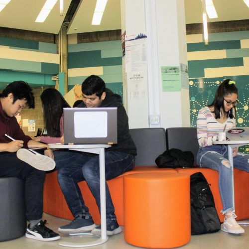 students studying in the MSLC